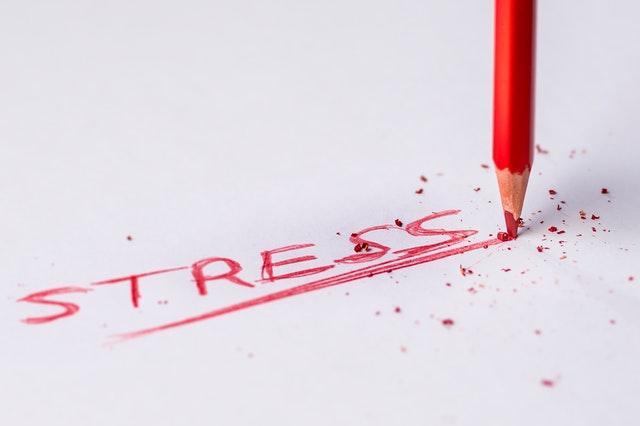 Slosy, Stress